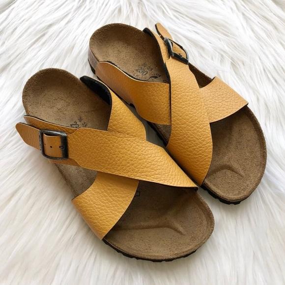 9baa2a2d8d9b NIB    Birkenstock Dijon Crossover Sandals